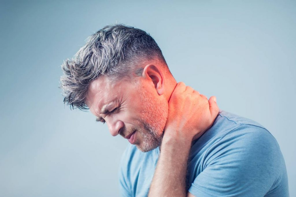 st. louis man with neck pain