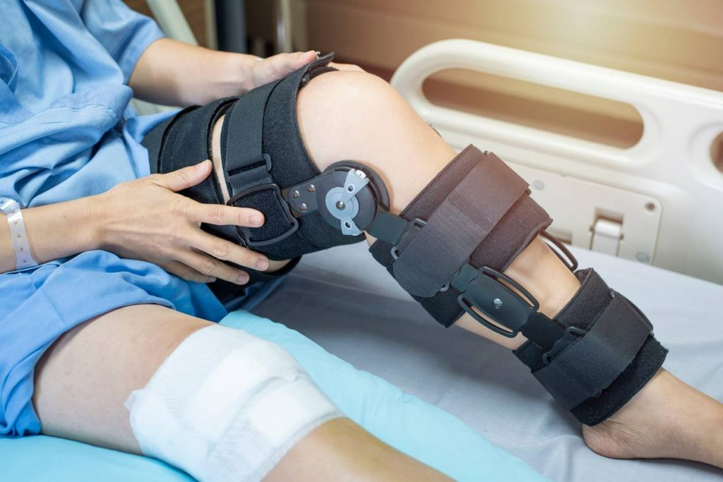 leg injury after a St. Louis Car Accident