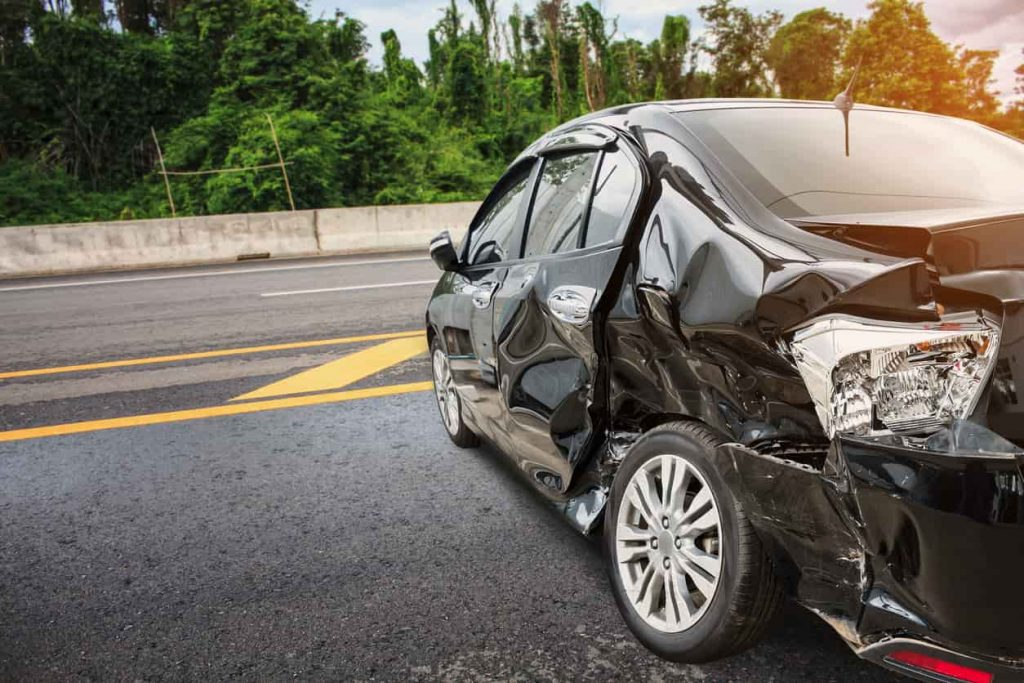 st. louis car accident damage