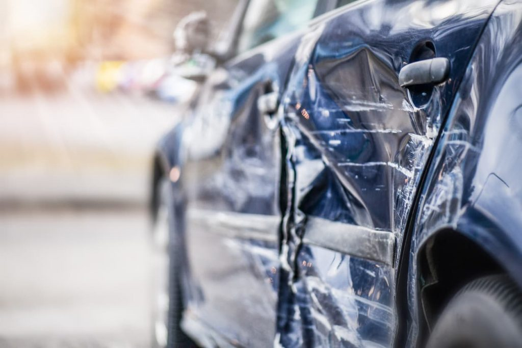 car accident with expired license